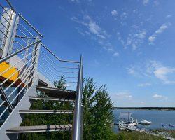 strandhaus-scado-lausitzer-seenland-resort-treppe-71